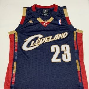 best loved d1fa1 482f8 Adidas Lebron James Cavs Throwback Jersey Size S